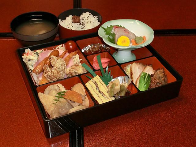 お弁当1,500円(税別)