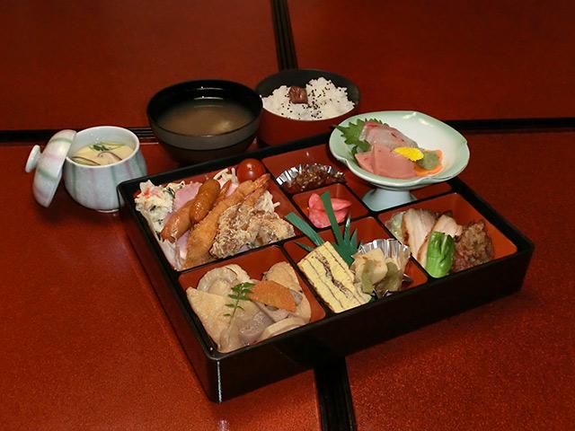 お弁当2,000円(税別)